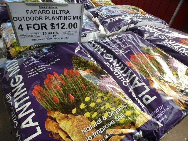 Fafard Ultra Outdoor Planting Mix